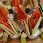 Gemüsestricks mit Dip